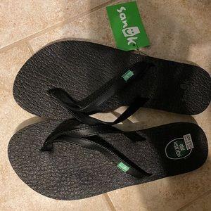 Sanuk Shoes - Black Sanuk Flip Flops